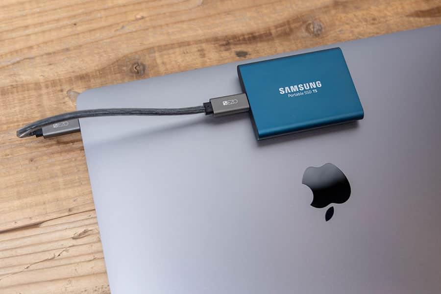 蓋の開け閉めでも影響が全くない蓋SSD増設が完了