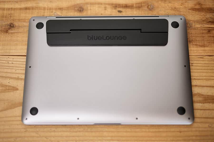M1 MacBook Airに貼り付け
