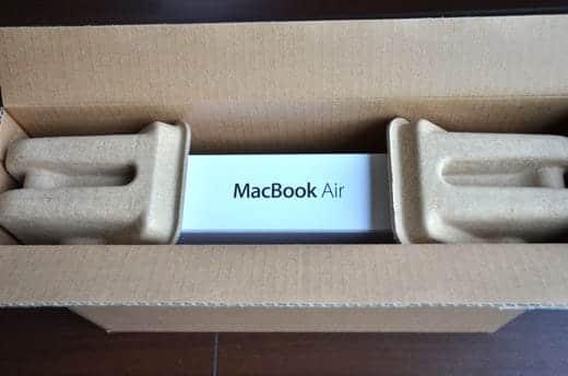 MacBook Air 11インチ 開封写真 外箱オープン