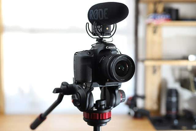 むちゃくちゃスムーズなビデオ雲台『Manfrotto MVH502AH』購入レビュー 写真撮影でも安定感抜群