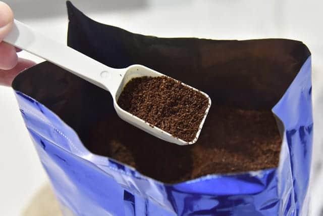 中細挽きのコーヒー粉