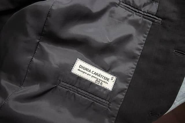 ジャケットの裏地と内ポケット