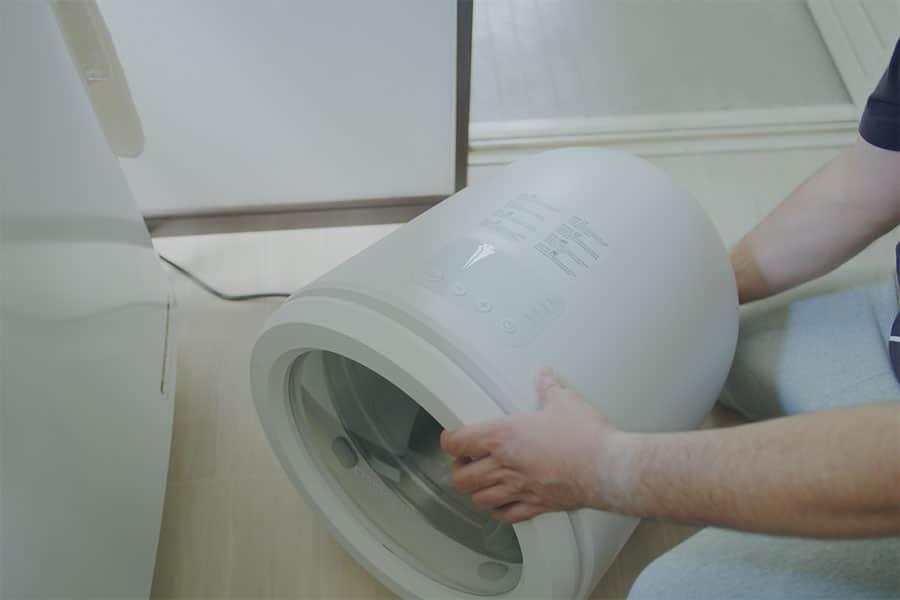 乾燥機を使うときは背面を浴室に向けて湿気を逃すようにしてます