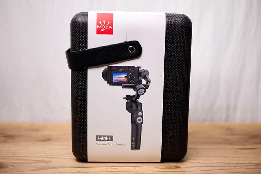 MOZA Mini-P 持ち運び用ケースになってるパッケージ