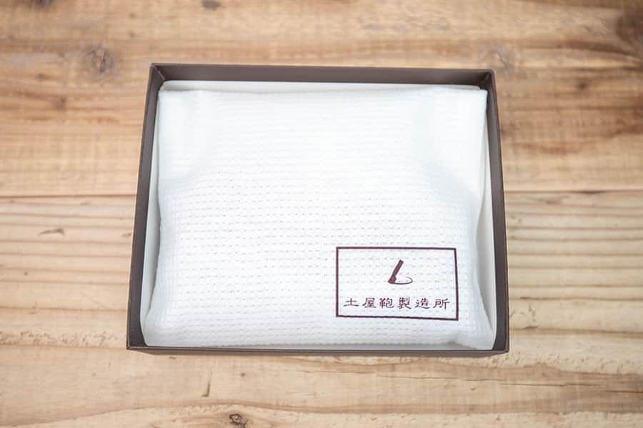 土屋鞄のナチューラヌメ革キーケースの箱