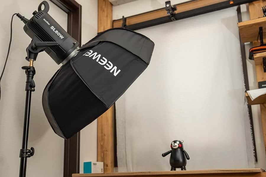 直径60cmのコンパクトなソフトボックス !狭い部屋でも柔らかい光で撮影できる!
