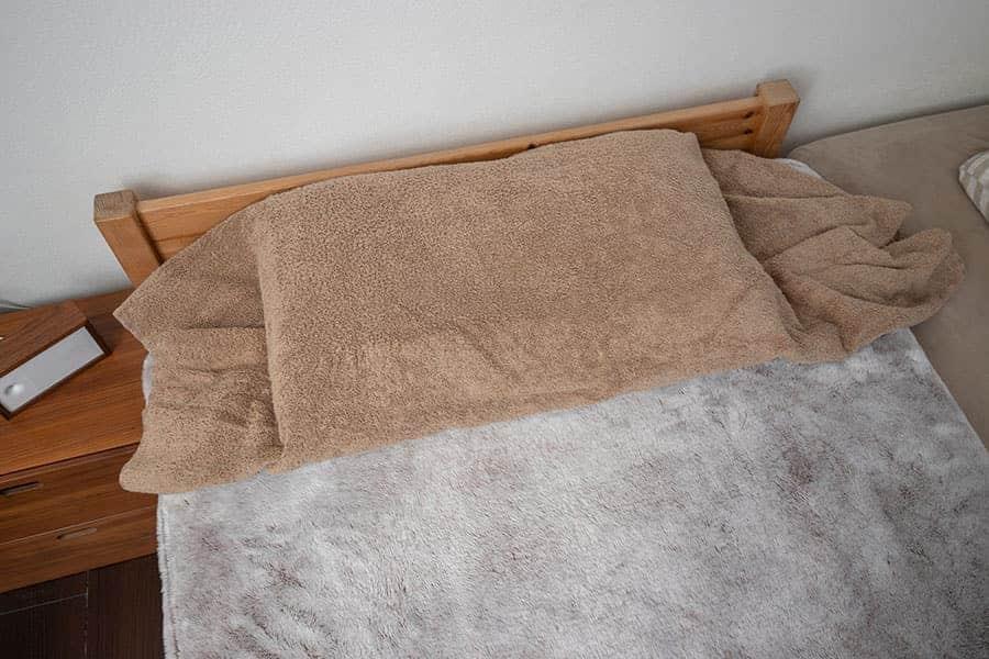 昭和西川の枕にタオルをカバーがわりにして