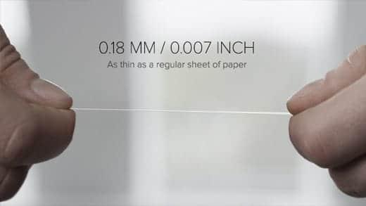 0.18ミリという薄さのケーブル