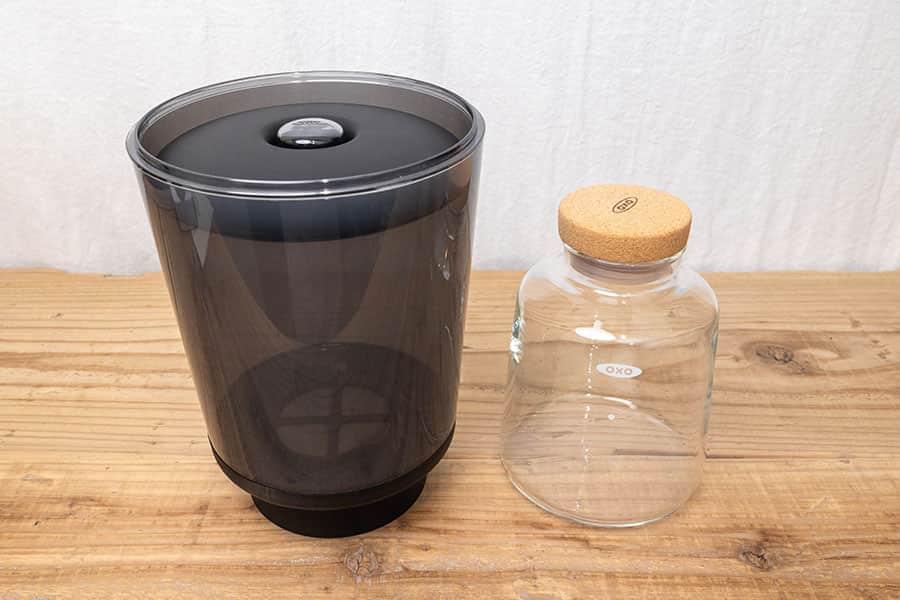 OXO濃縮コーヒーメーカー タンクとガラスカラフェ
