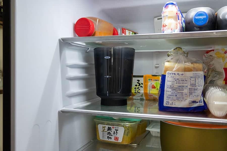 冷蔵庫に入れて約20時間ほどかけてじっくり抽出します