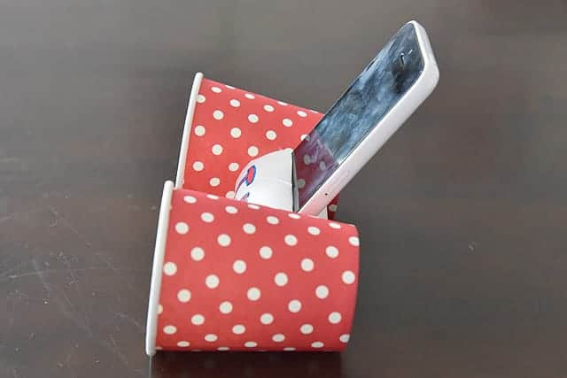 真横から見た紙コップスピーカー
