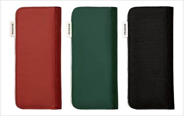 スタンダードタイプはポリエステル製で、カラバリは赤・緑・黒の3色