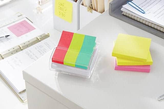 付箋をティッシュのように使いまくるための文房具3選 ケチケチせずバンバンが正しい使い方