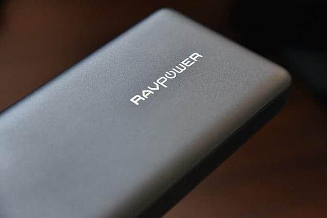 安心感がすごい。26800mAh!iPhone Xを約6.5回充電できる大容量のPD対応モバイルバッテリー 購入レビュー
