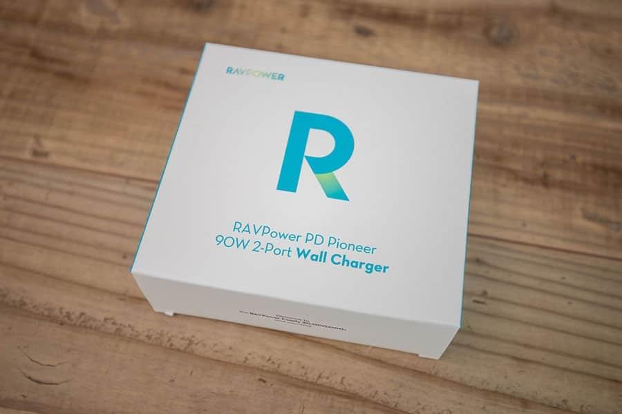 RAVPower Type C 2ポート 急速充電器 90W RP-PC128 のパッケージ