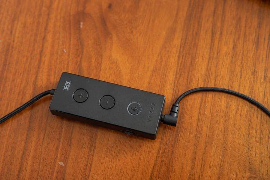 USBコントローラーにヘッドホン端子を接続