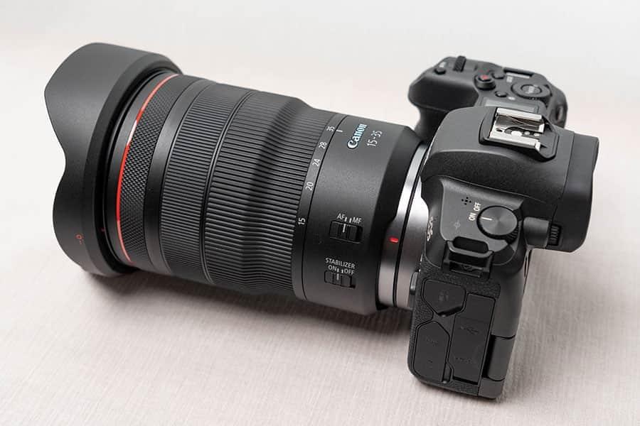 EOS Rに装着したRF15-35mm