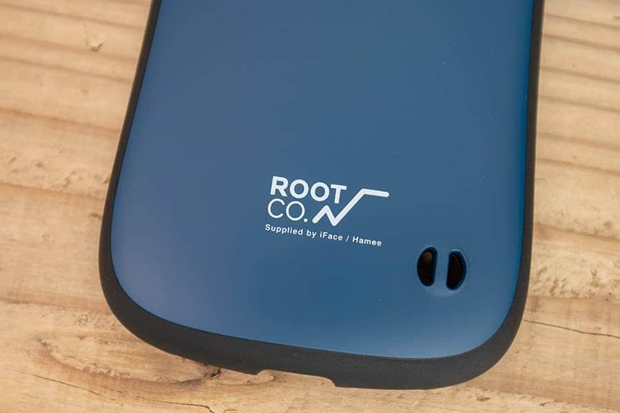 ROOT CO.のロゴとストラップホール