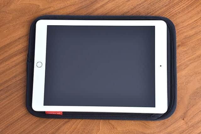 iPadがすっぽり入る大きさ