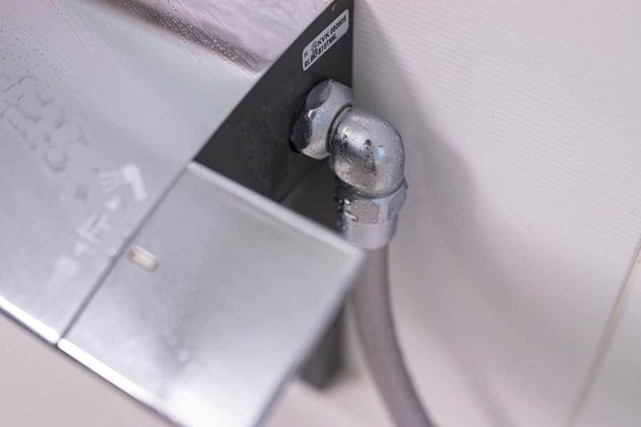 水栓ホースを取り替える
