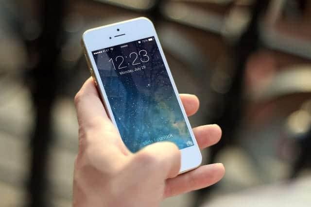 iPhoneで格安SIMを使うには?