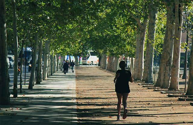 ジョギング イメージ写真