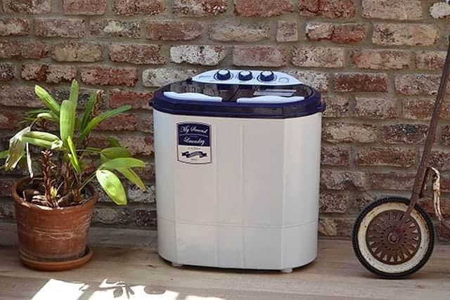 2台目の汚れ専用洗濯機として最適。2槽式&脱水付きの小型洗濯機『マイセカンドランドリー』