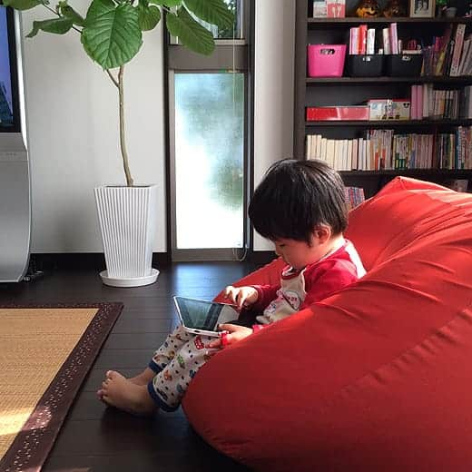 初代iPadと息子。