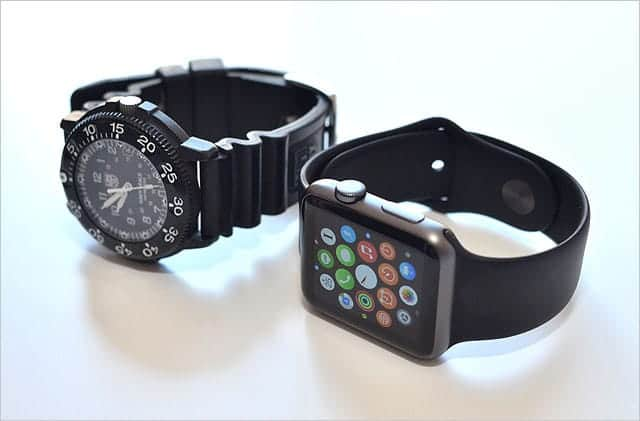 LuminoxとApple Watch Sport