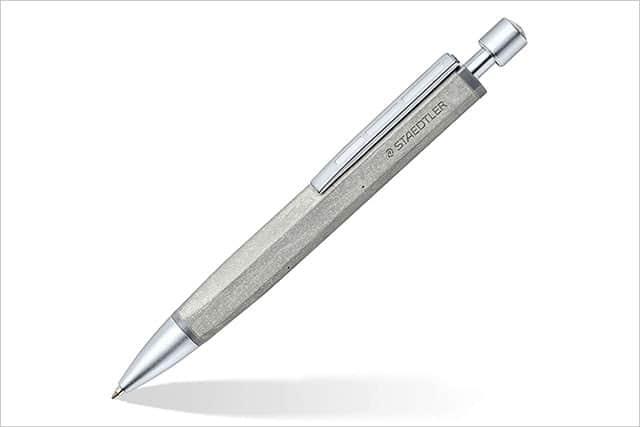 ステッドラーからコンクリート素材のボールペンが登場!使うほどに手に馴染む秀逸素材