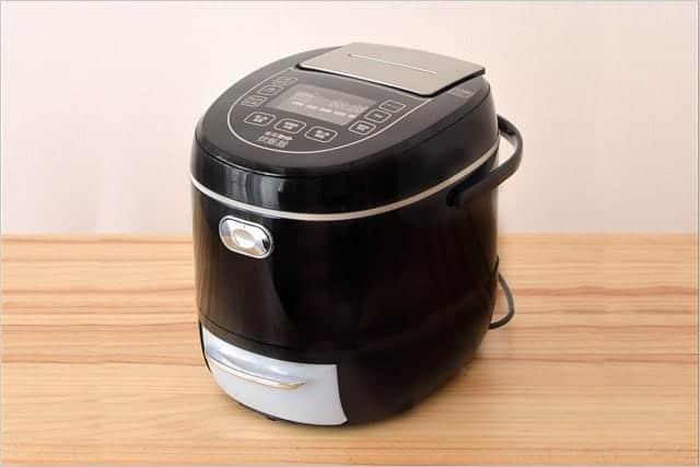 いつものご飯の糖質を33%カットする『糖質カット炊飯器』登場 ご飯1膳の糖質が55.2g→37.2gに!