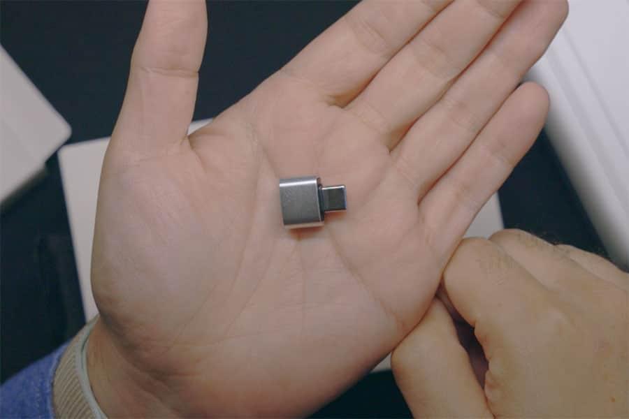 USB-C to USB-A変換アダプタ