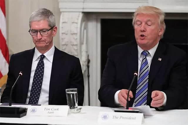 トランプ大統領がアップルのCEOを「ティム・アップル」と言い間違える