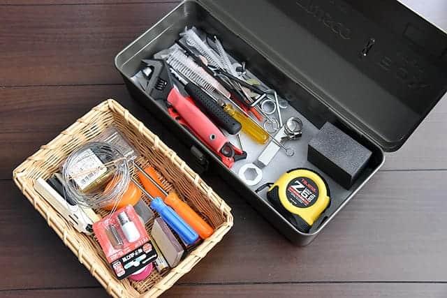 工具類を入れたTRUSCO山型ツールボックス