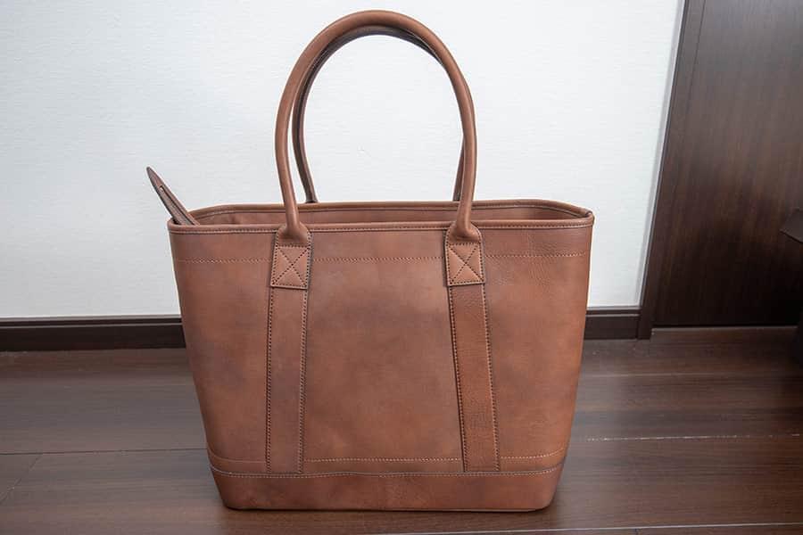 10〜20年は使える土屋鞄のトートバッグ『ビークルラージストックトート』購入レビュー
