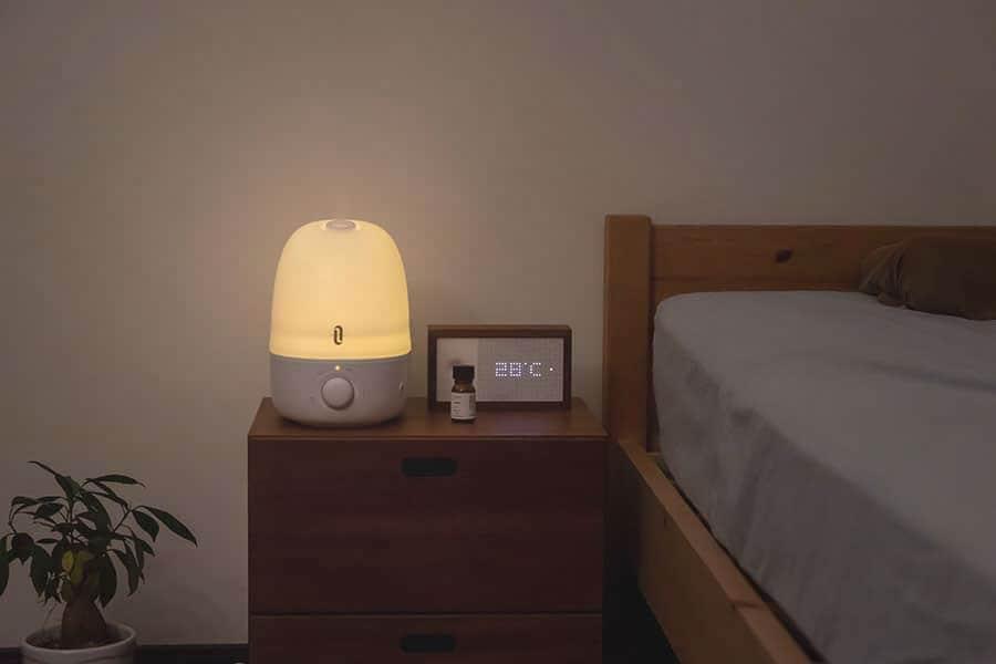 ナイトライトは柔らかい光でいい感じ