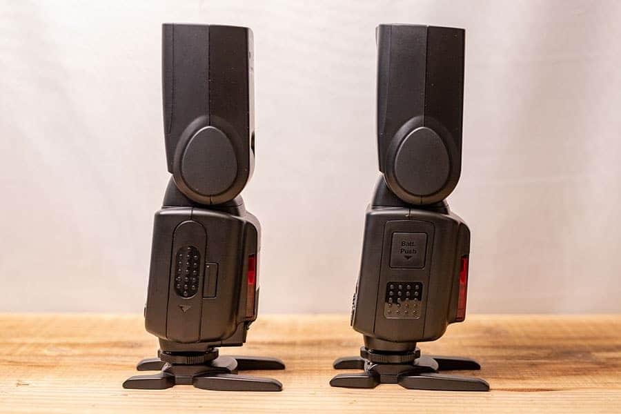 左:TT600 右: V850II 右側面