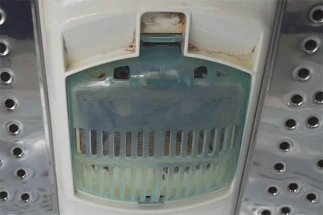 糸くずフィルター周りも石鹸カスなどの汚れが