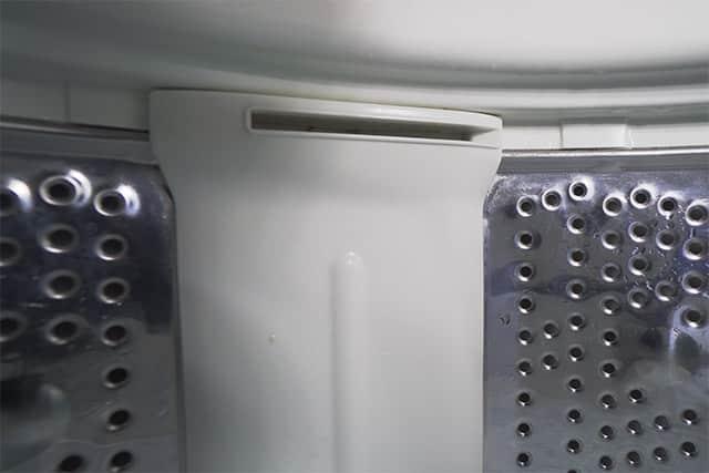 汚れが一切なくなった洗濯槽の中身