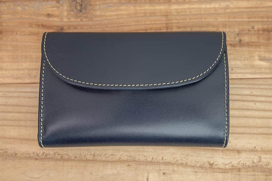 ブルームが落ちたホワイトハウスコックスの三つ折り財布
