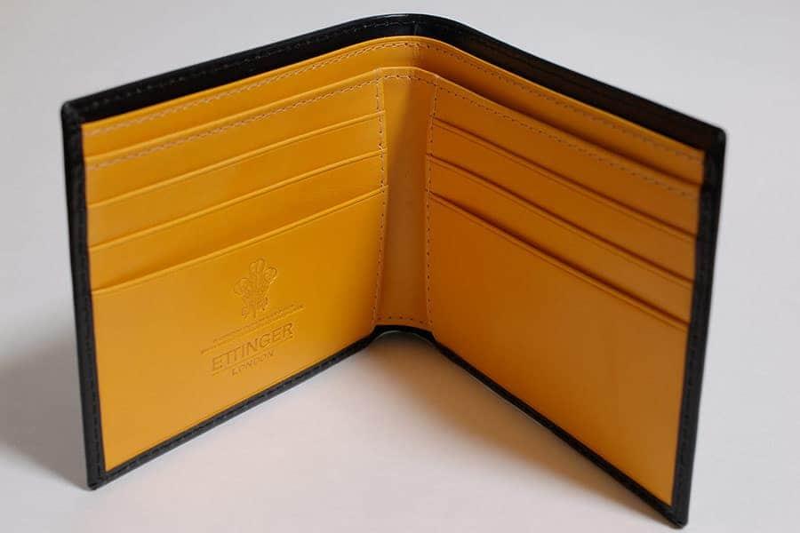 2007年に購入したエッティンガーの二つ折り財布