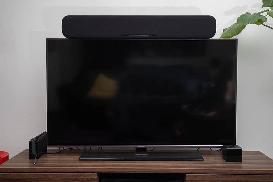 テレビの上に設置したYAS-109