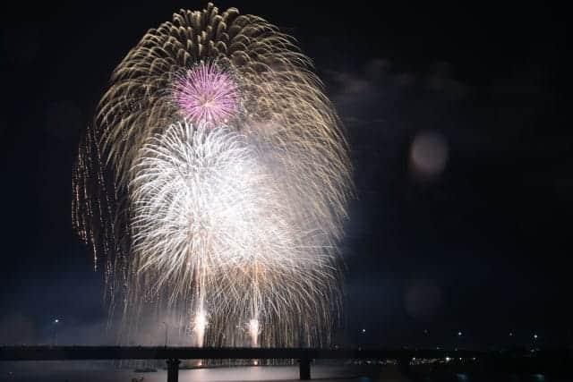 全国の有名花火師が打ち上げる14000発の花火「第29回やつしろ全国花火競技大会」を撮ってきた